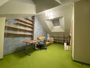 4-комнатная квартира, 111м<sup>2</sup>